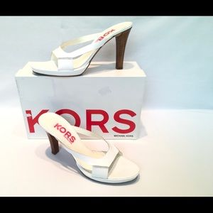 Shoes - PREOWNED Michael Kors Malí leather sandals 9 1/2 M